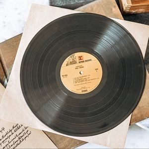 """Other - Neil Young """"Harvest"""" Vinyl"""